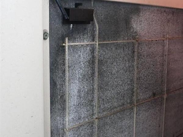 洗冷氣機步驟3 使用清潔劑